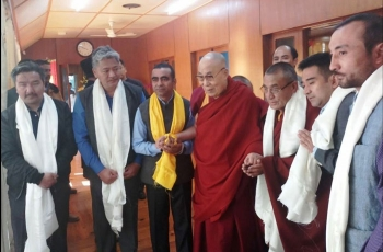 Delegation requests the Dalai Lama to visit Ladakh in summer