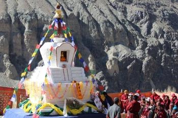Lhabab Chorten dedicated to Gyalsras Bakula Rinpoche consecrated in Tanyar, Nubra