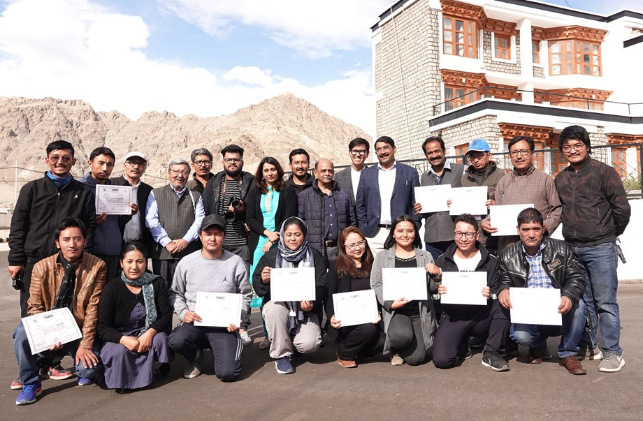 FTII's Smartphone filmmaking course concludes in Leh