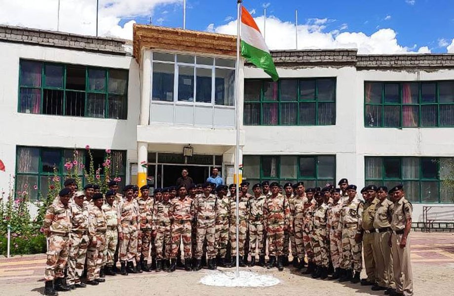 Student celebrates Raksha Bandhan with ITBP personnel's in Leh